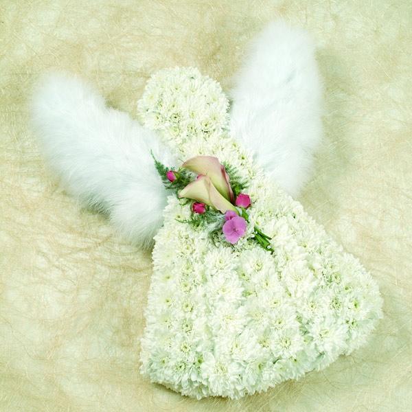 Ангел из живых цветов